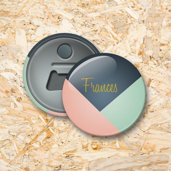 Pastel nummer 3 Button flesopener 56 mm